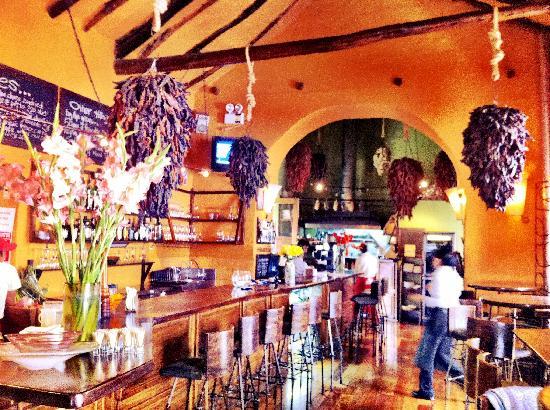 Charming restaurant near main square ofa href=