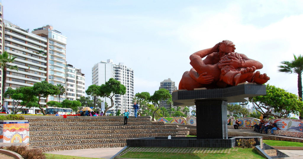 miraflores malecon - things to do in peru
