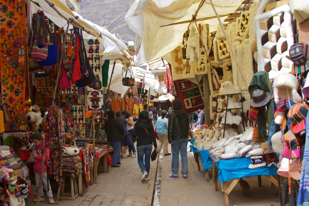 pisac marketplace - things to do in peru